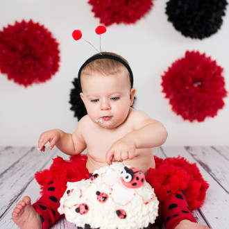 Abbotsford Photographer 1st Birthday cake smash