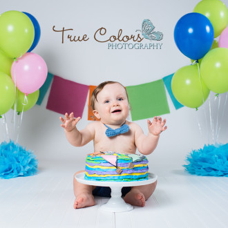 1st birthday cake smash photographer Abbotsford Fraser Valley