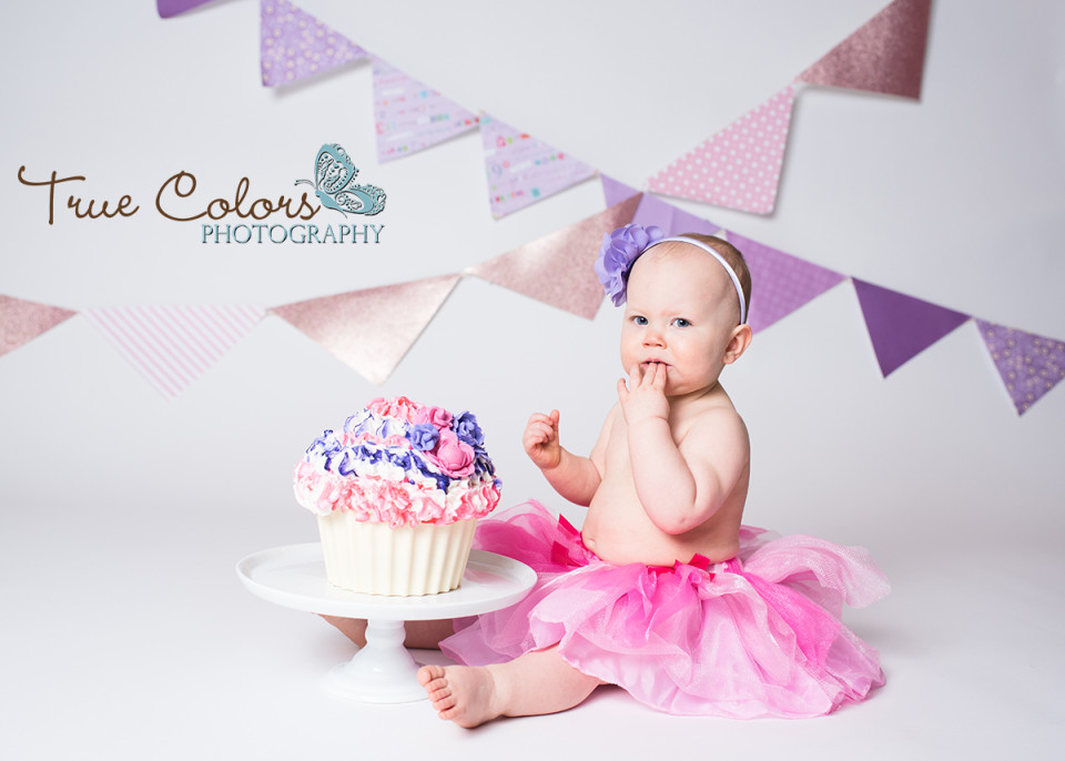cake smash first birthday Abbotsford Langley Fraser Valley Photographer