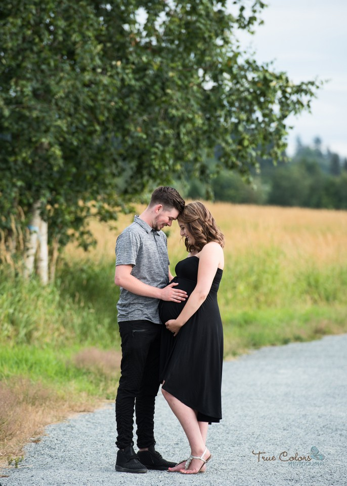 Abbotsford Maternity Photographer Bump to Baby