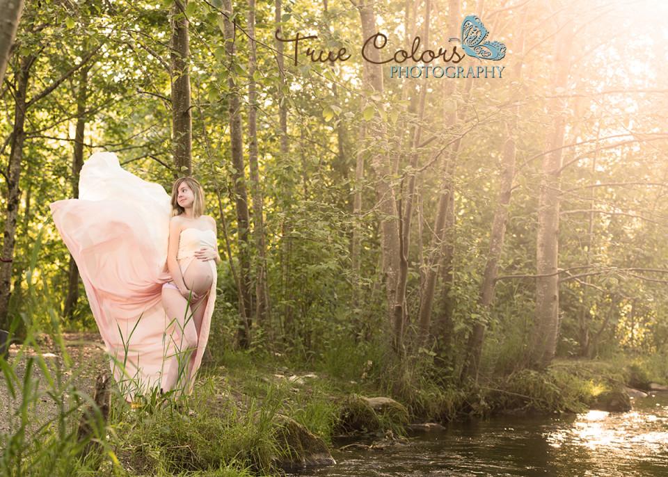 Maternity Photographer Abbotsford fraser valley studio outdoor